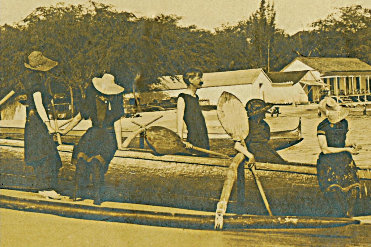 Dewey on a canoe