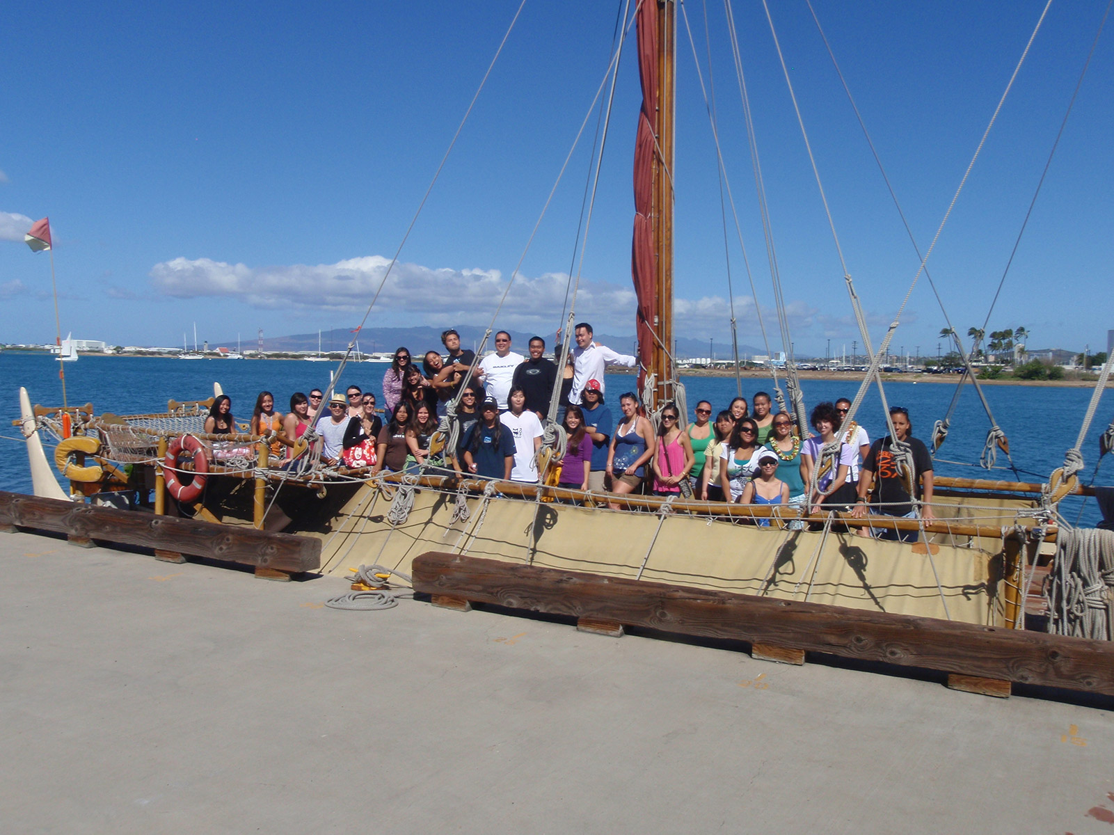 Students on Hokulea