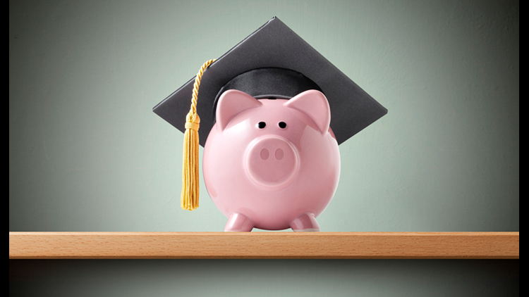 Piggy bank wearing a graduation cap